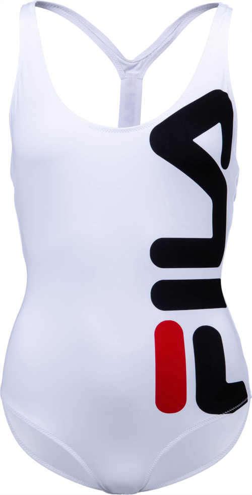 Plavky vcelku športového strihu s výrazným logom na strane