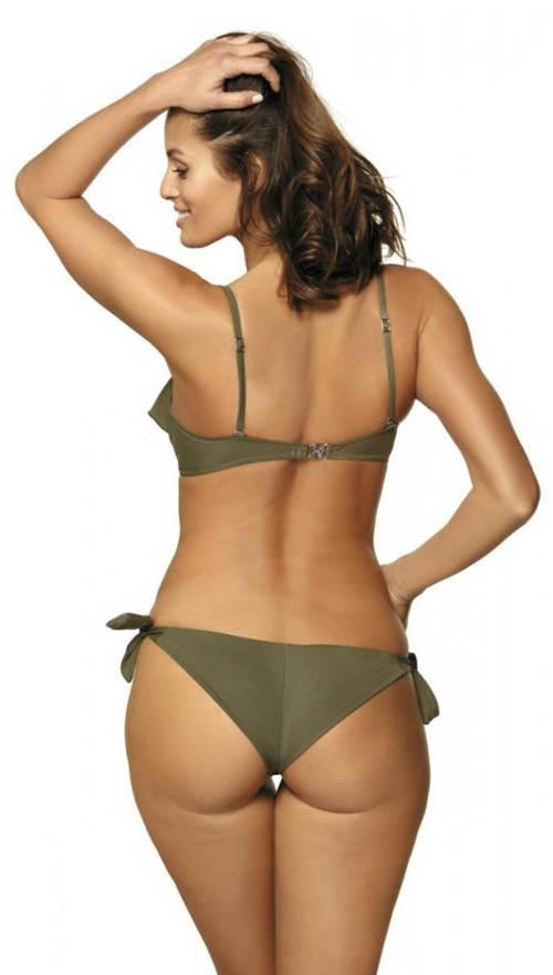 Jednodielne plavky s nohavičkami brazílskeho strihu